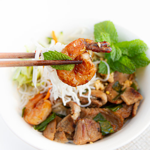 Vietnamese Pork & Seafood Noodle Soup (Hu Tieu Mi