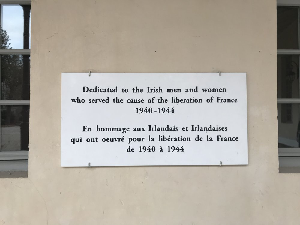 A commemorative plaque to Irish soldiers