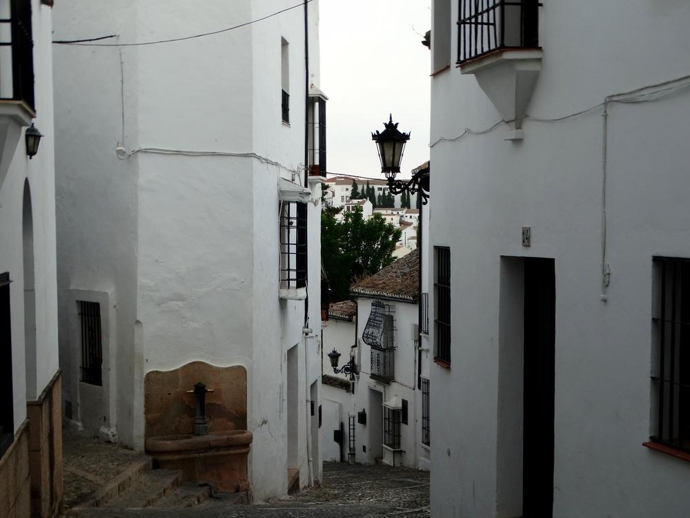 Ronda alleyway