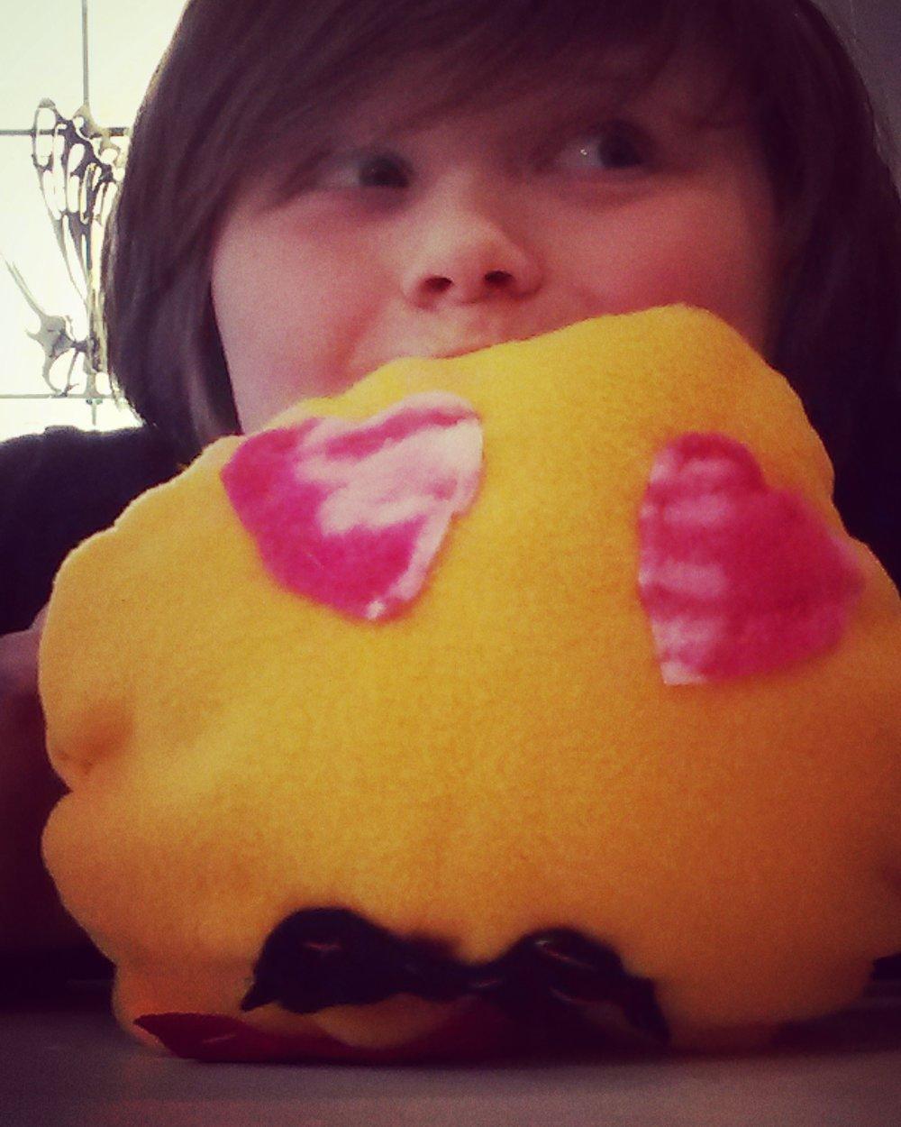 emoji pillow rilo.jpg