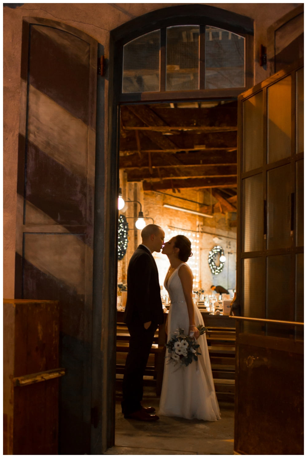 TaylorLaurenBarker - Stephanie&Carmine - NYE Wedding_0006.jpg