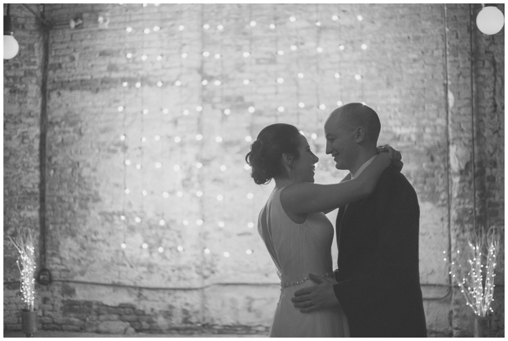 TaylorLaurenBarker - Stephanie&Carmine - NYE Wedding_0012.jpg