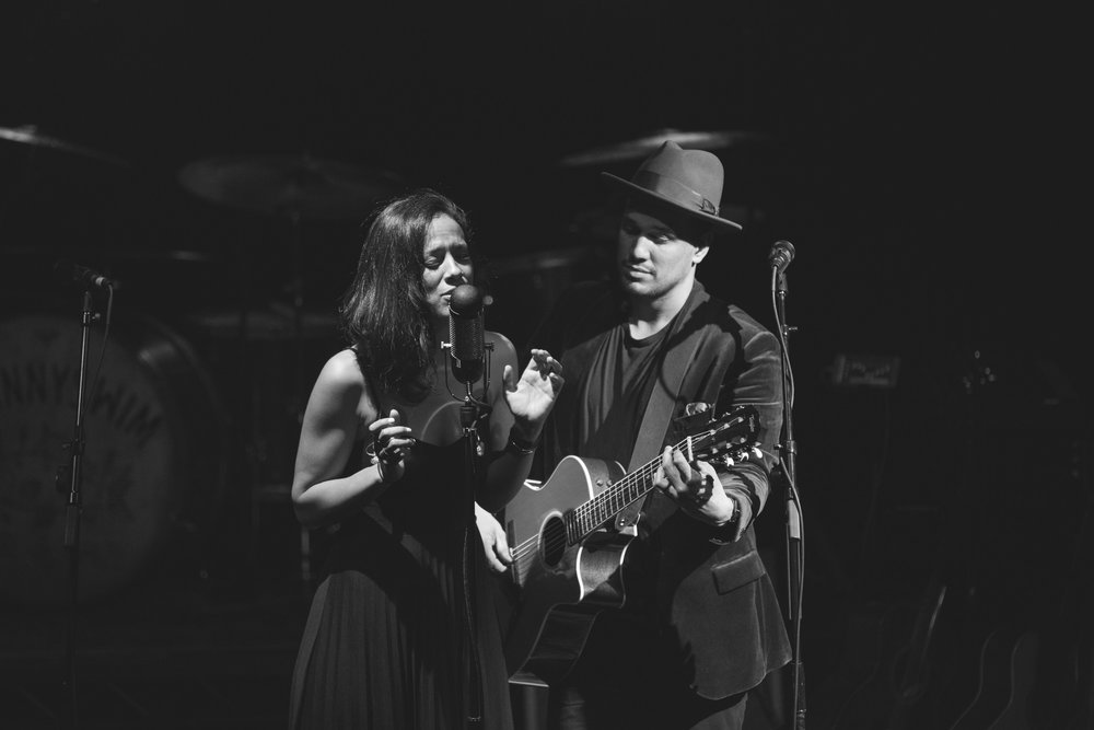 Taylor Lauren Barker tour photographer JOHNNYSWIM concert