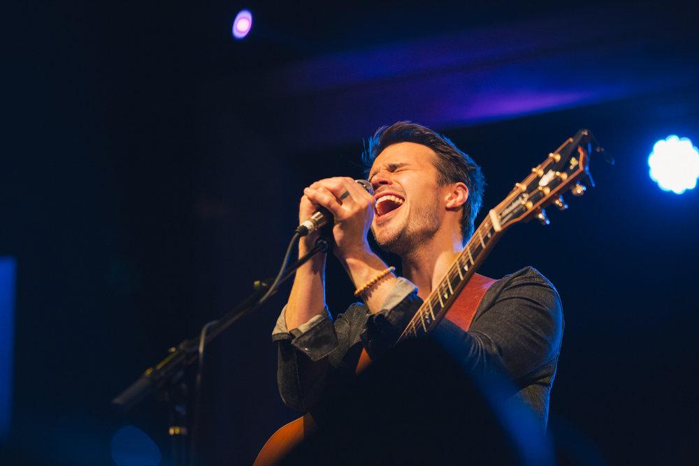 TaylorLaurenBarker-concert-photographer-American-Idol-Kris-Allen-5.jpg
