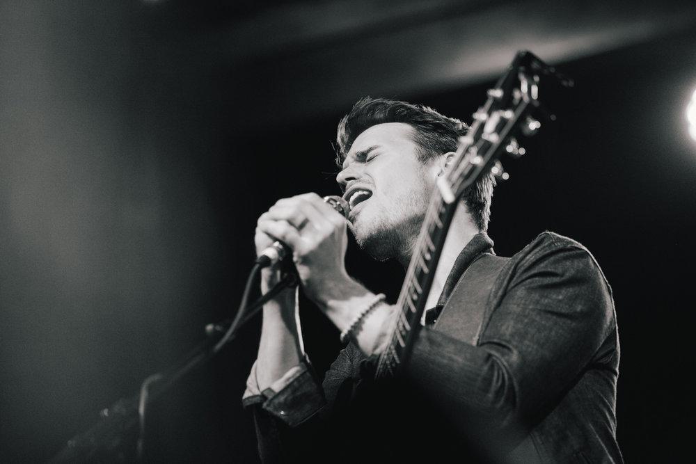 TaylorLaurenBarker-concert-photographer-American-Idol-Kris-Allen-6.jpg
