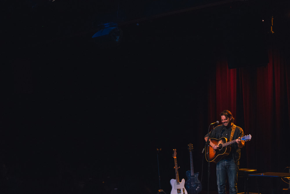 Taylor-Lauren-Barker-Zach-Williams-The-Lone-Bellow-concert-photography-5.jpg
