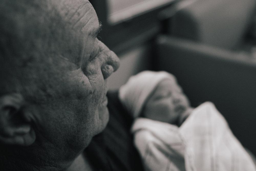 www.taylorlaurenbarker.com // Charleston, SC candid newborn photography