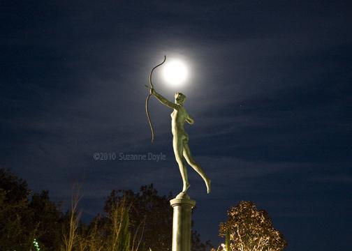 Diana 2 moon-72©.jpg