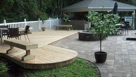 This beautiful deck built by Buchanon shows the excellent quality of work he is known for. Check out his website for more great photos!