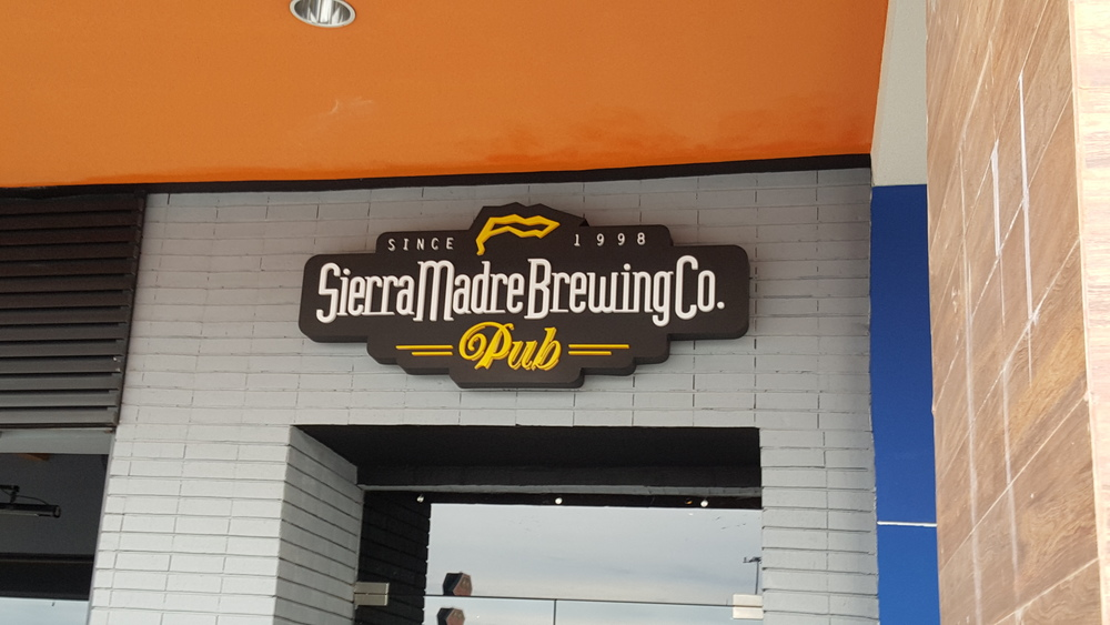 As a craft beer fan, I had to make a quick detour here.