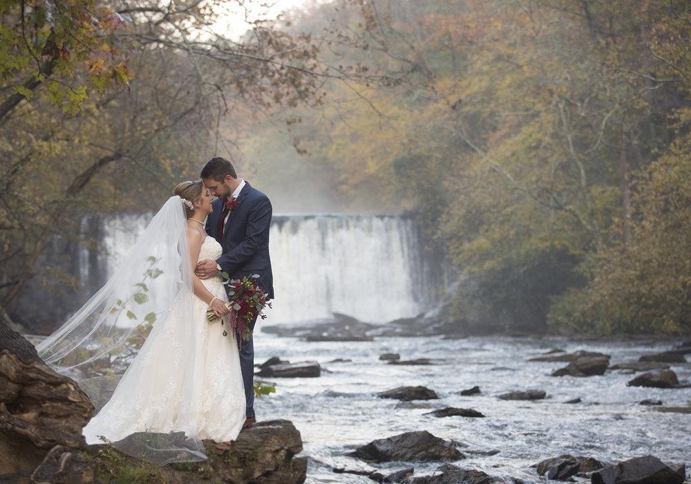 WEDDINGS +EVENTS -