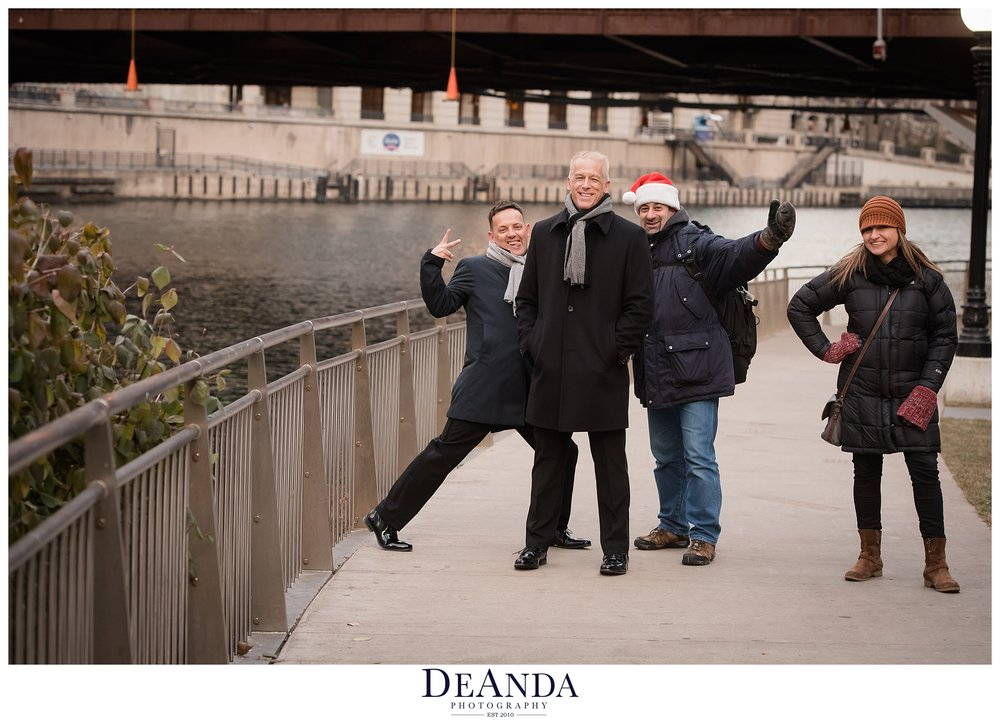 grooms being photobombed on chicago riverwalk