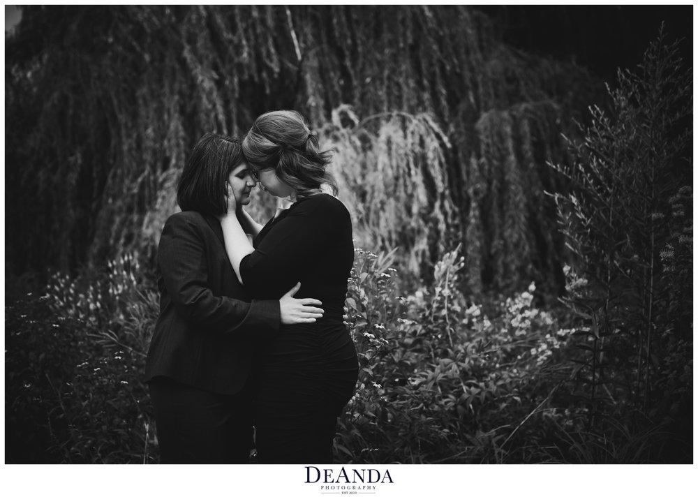 chicago winnemac park wedding image black and white