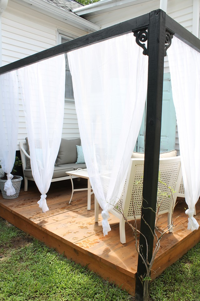 Diy Outdoor Cabana With Curtains Brooklyn House