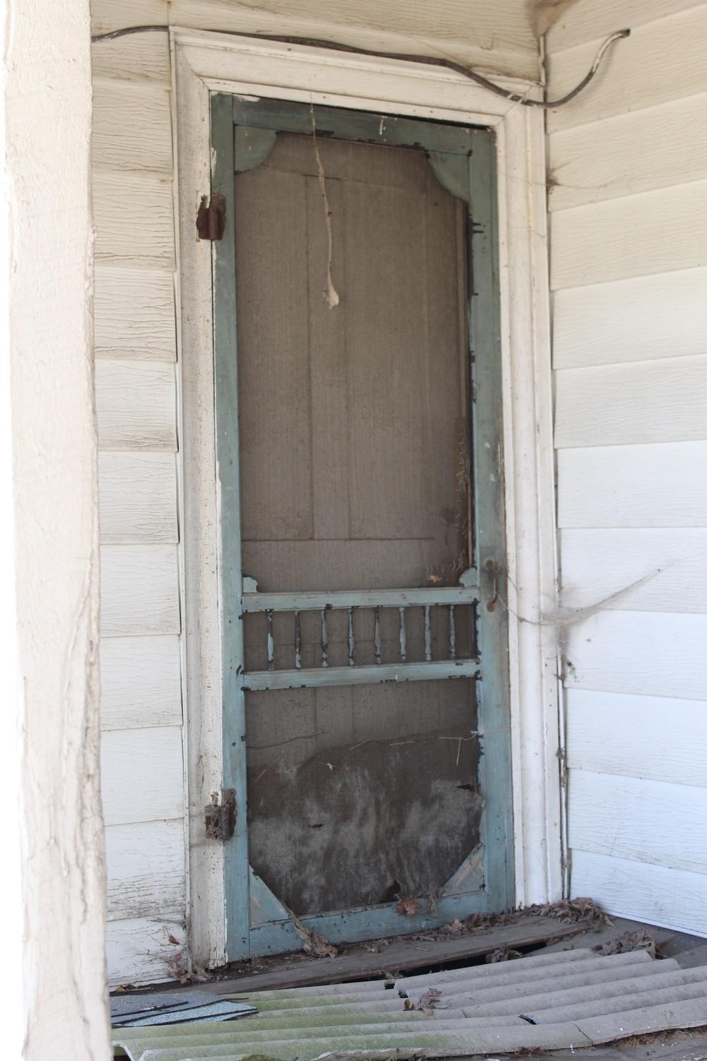 EB Loves Old Houses | Vintage Screen Door