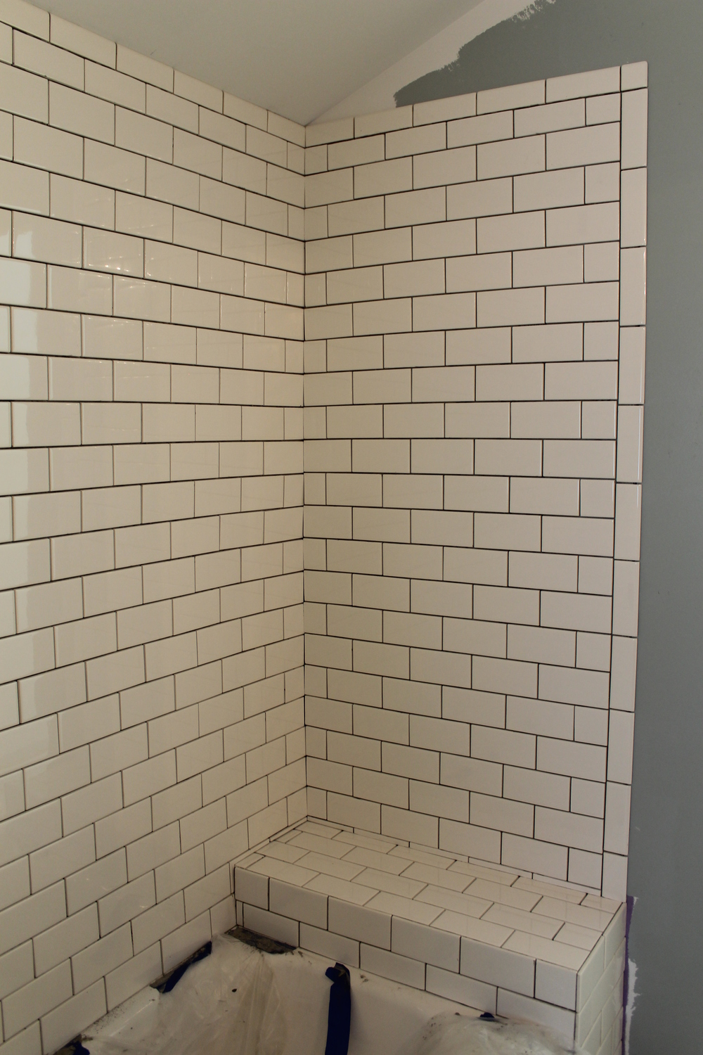 Elizabeth Burns Design | Installing Tile, Subway Tile DIY