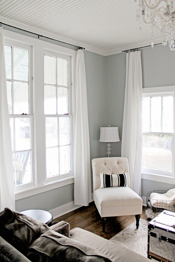 Elizabeth Burns Design | DIY Window Treatments with Tablecloths - Sherwin Williams Magnetic Gray