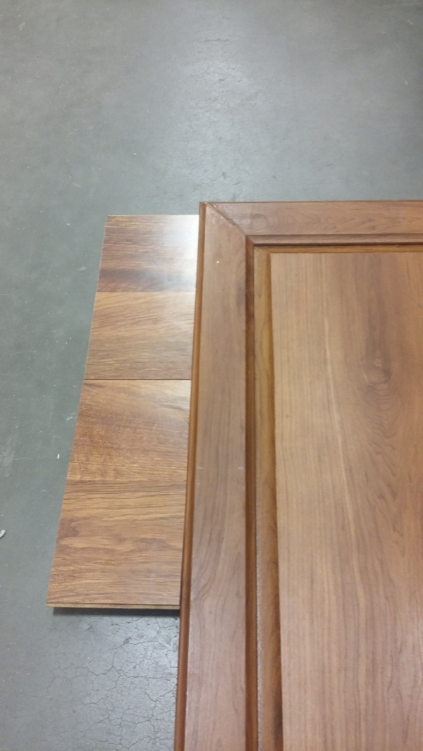 Elizabeth Burns Design | How to Flip Houses - choosing laminate flooring