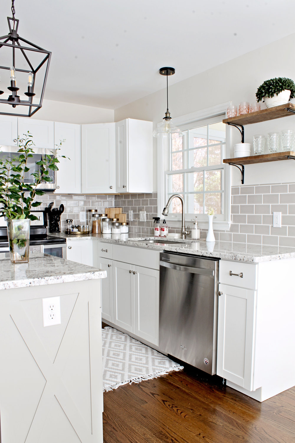 Elizabeth Burns | DIY Kitchen Island Makeover X Trim and Shiplap - Sherwin Williams Dorian Gray and Benjamin Moore Classic Gray Kitchen Remodel