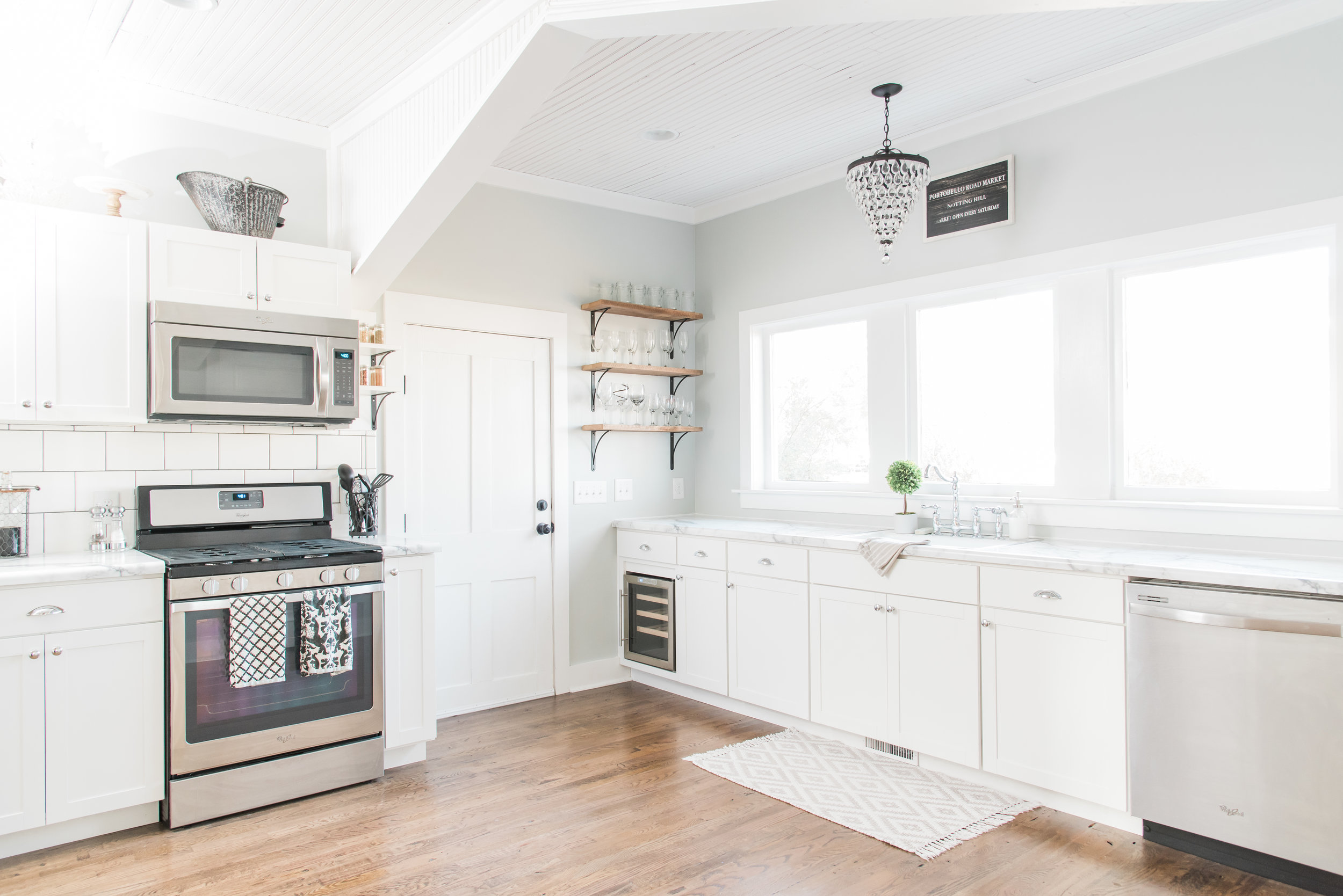 Lowe S Stock Cabinets Review Diamond Now Arcadia White Shaker