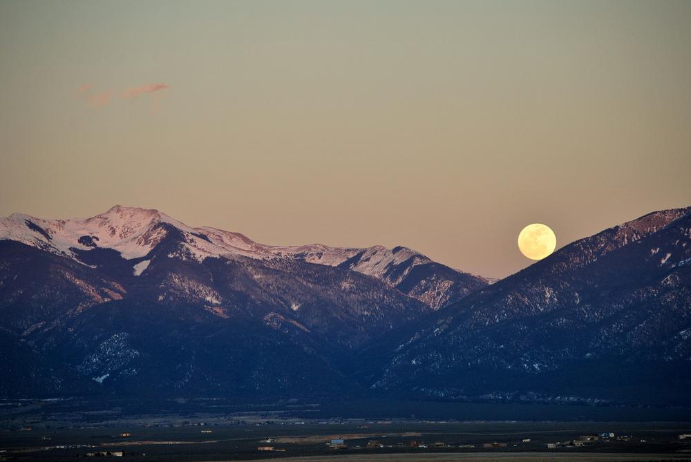 Taos Mtn Moonrise.JPG