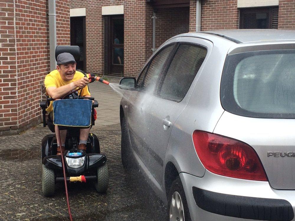 Auto wassen.JPG