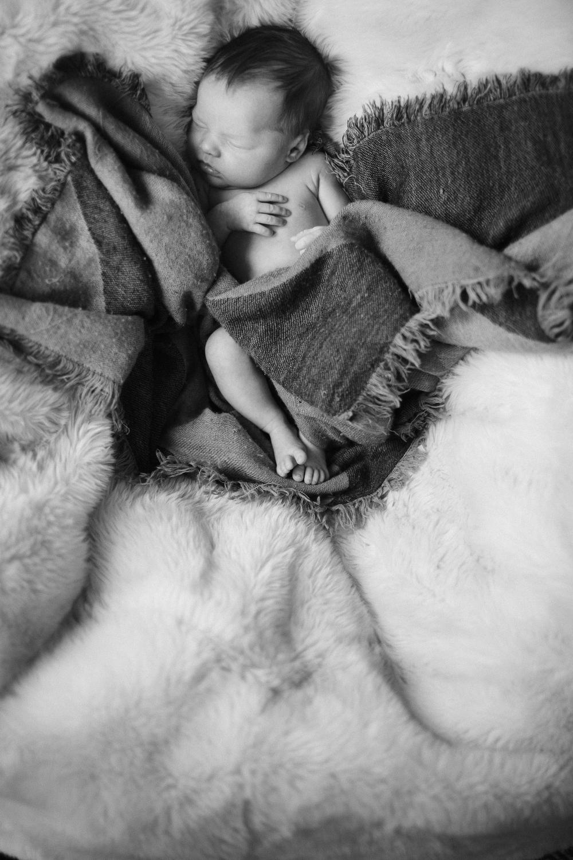 0091_Amy_Payne_Newborn.jpg