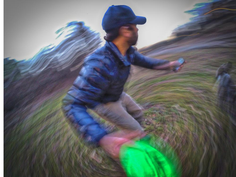 1:20:14 frisbee time gimp bestbest.jpg