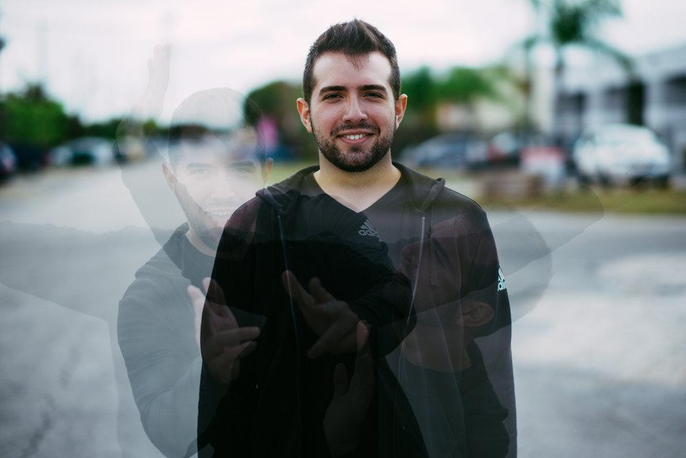 Jonathan Villegas EDITOR