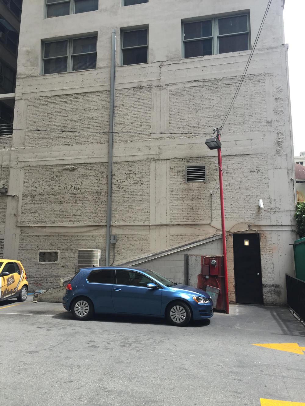 LA building original.jpg