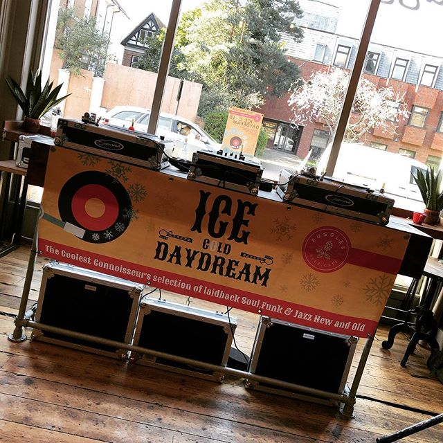 Over in Tonbridge today we're hosting Ice Cold Daydream for a fantastic Funk / Northern Soul / Jazz all dayer!  DJ's from 2-10 playing their selection of the rarest and best records!  #tonbridge #event #dj #soul #northernsoul #funk #jazz #beerandmusic #craftbeer #fugglesbeercafe