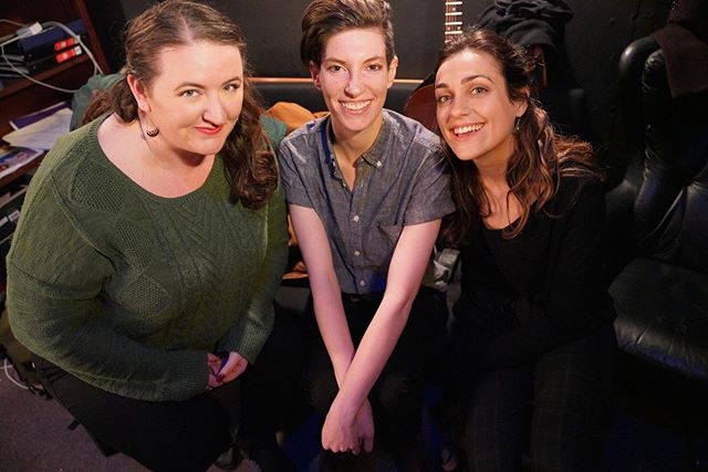 """Happy International Women's Day! 🌺 I don't know what I'd do without these incredible females 💃🏻🍕grateful for @hecknotechno 🌟 . 📷 by Carly Hoogendyk (backstage of """"Encyclopedia Commedia"""" @caveatnyc ) #womensday #hecknotechno #comedy #sillysongs #caveatnyc #ingenue #musicalsketchcomedy #songsaboutpoop"""