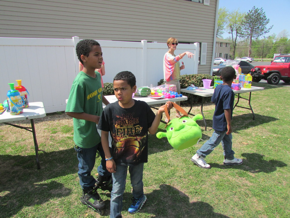 ISA 2014 Easter Egg Hunt_003.JPG