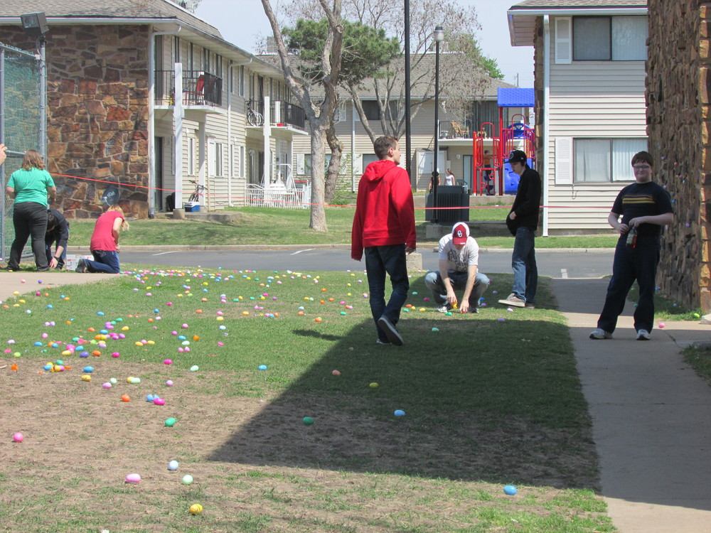 ISA 2014 Easter Egg Hunt_009.JPG