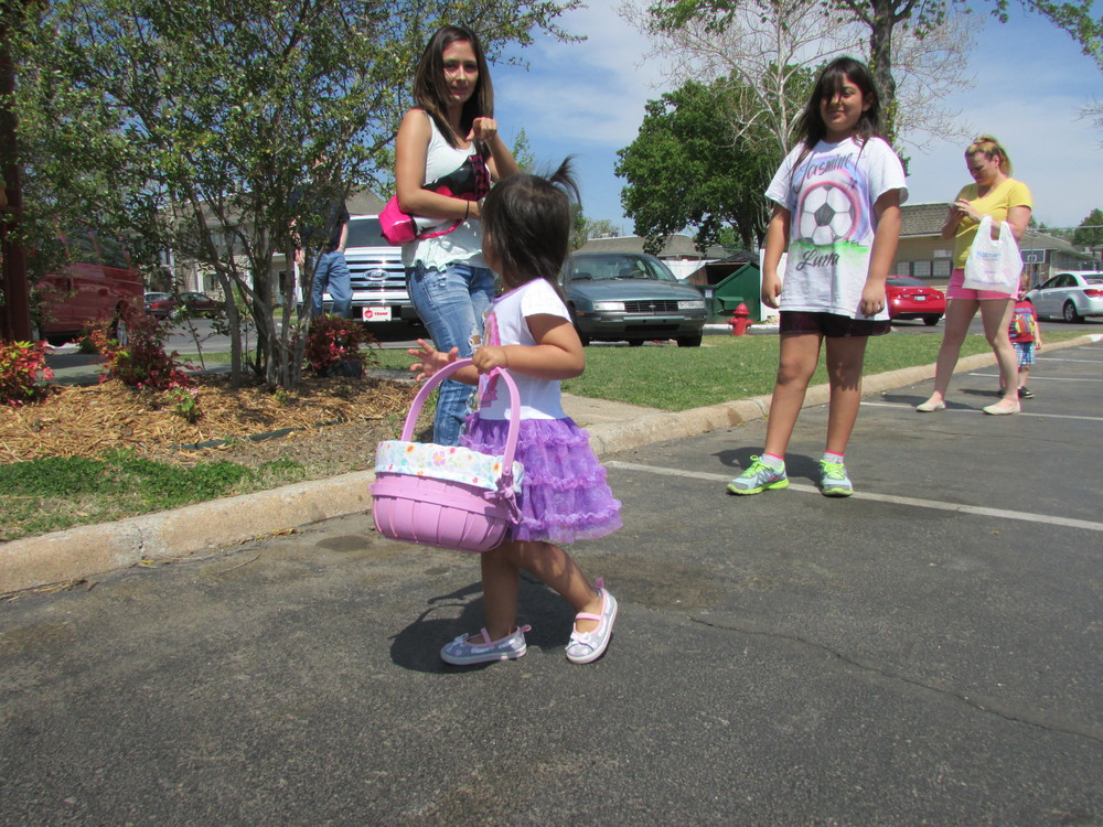 ISA 2014 Easter Egg Hunt_018.JPG