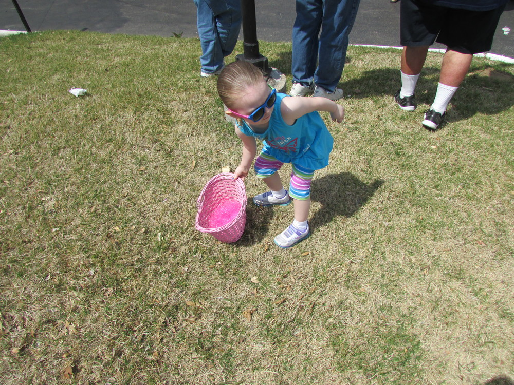 ISA 2014 Easter Egg Hunt_023.JPG