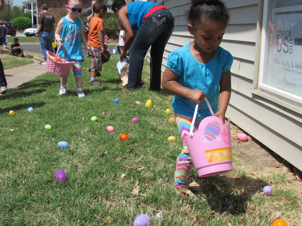 ISA 2014 Easter Egg Hunt_039.JPG