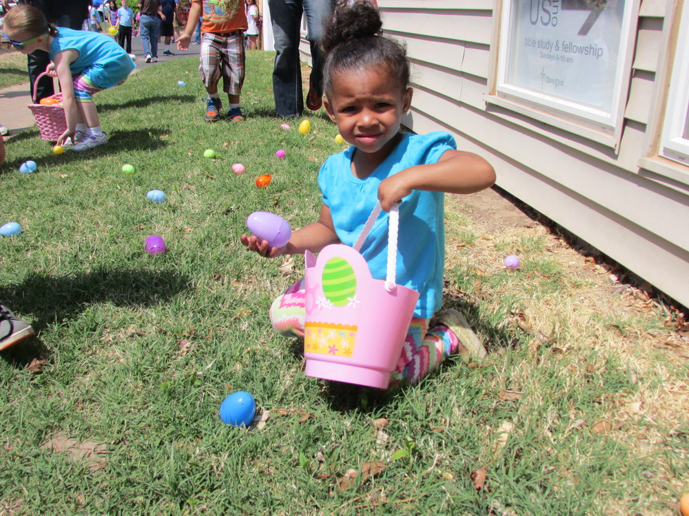 ISA 2014 Easter Egg Hunt_040.JPG