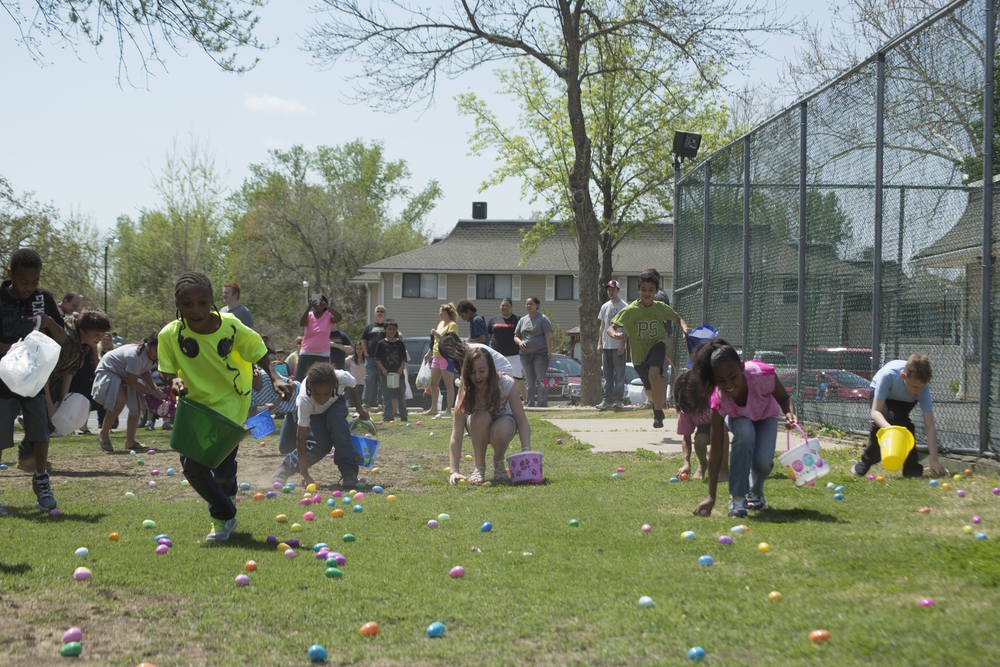 ISA 2014 Easter Egg Hunt_047.jpg