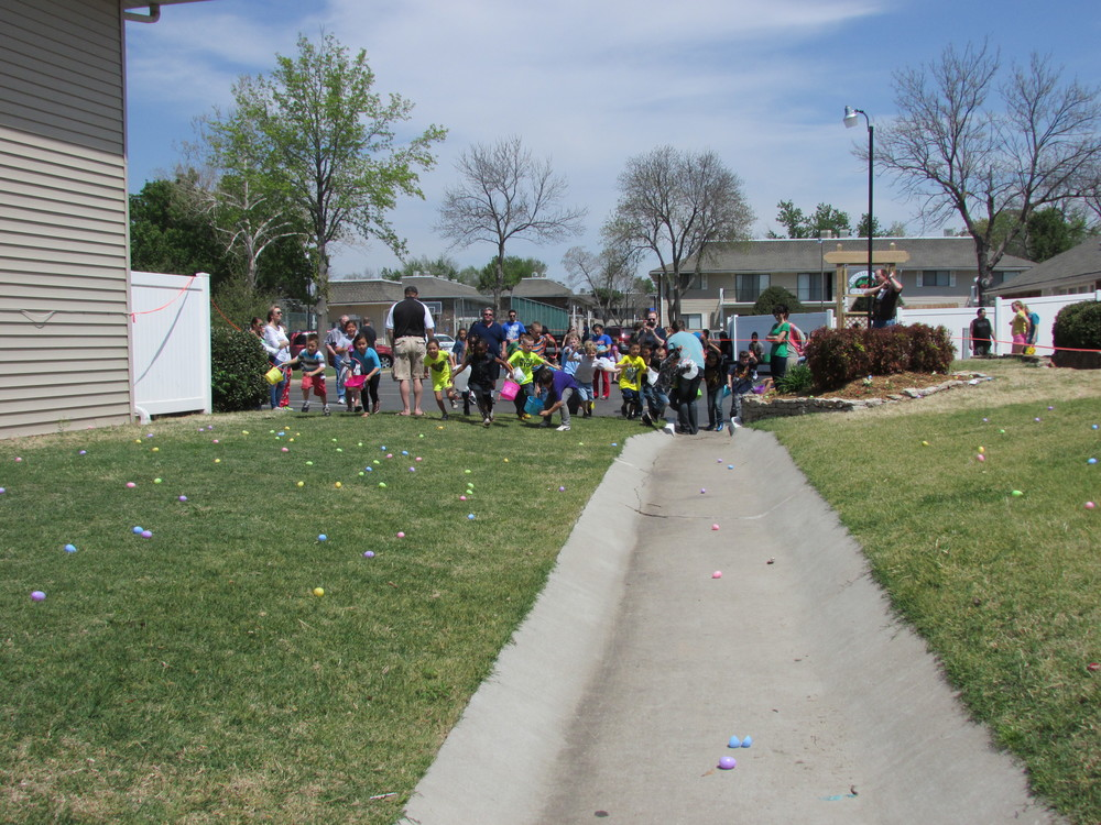 ISA 2014 Easter Egg Hunt_074.JPG