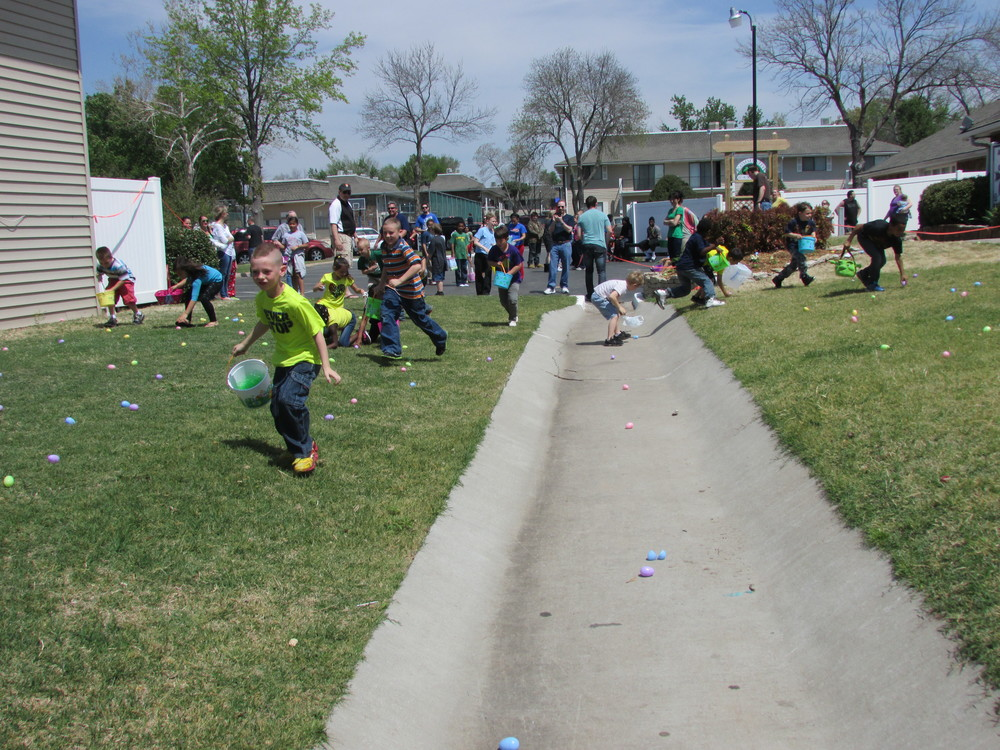 ISA 2014 Easter Egg Hunt_075.JPG