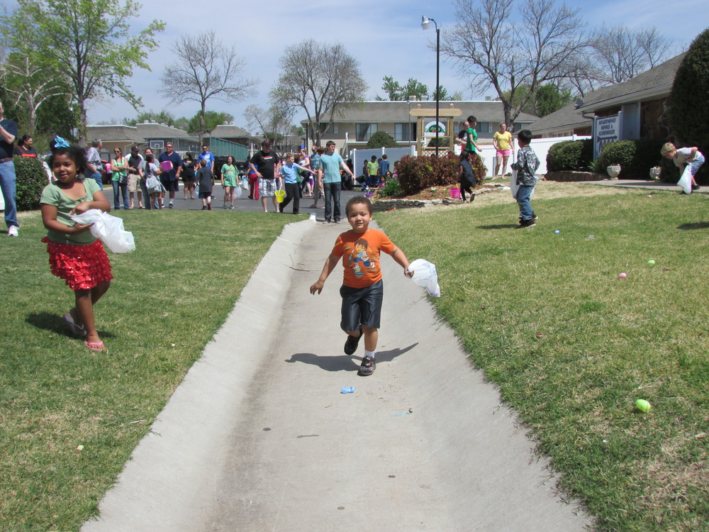 ISA 2014 Easter Egg Hunt_079.JPG