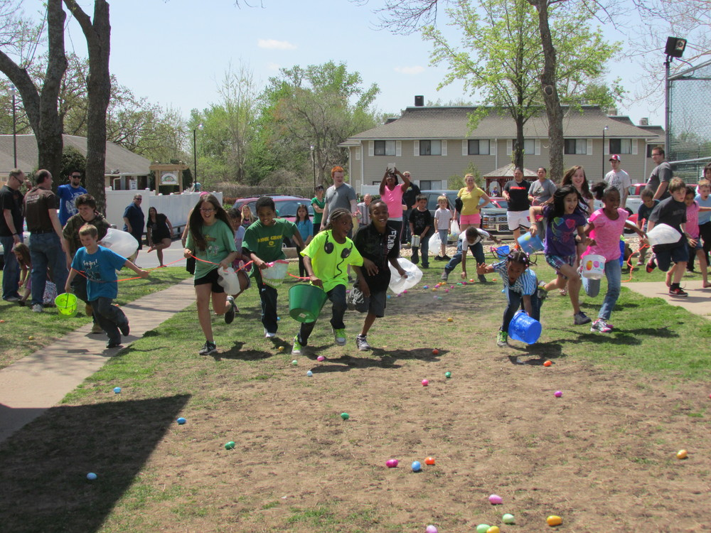 ISA 2014 Easter Egg Hunt_104.JPG