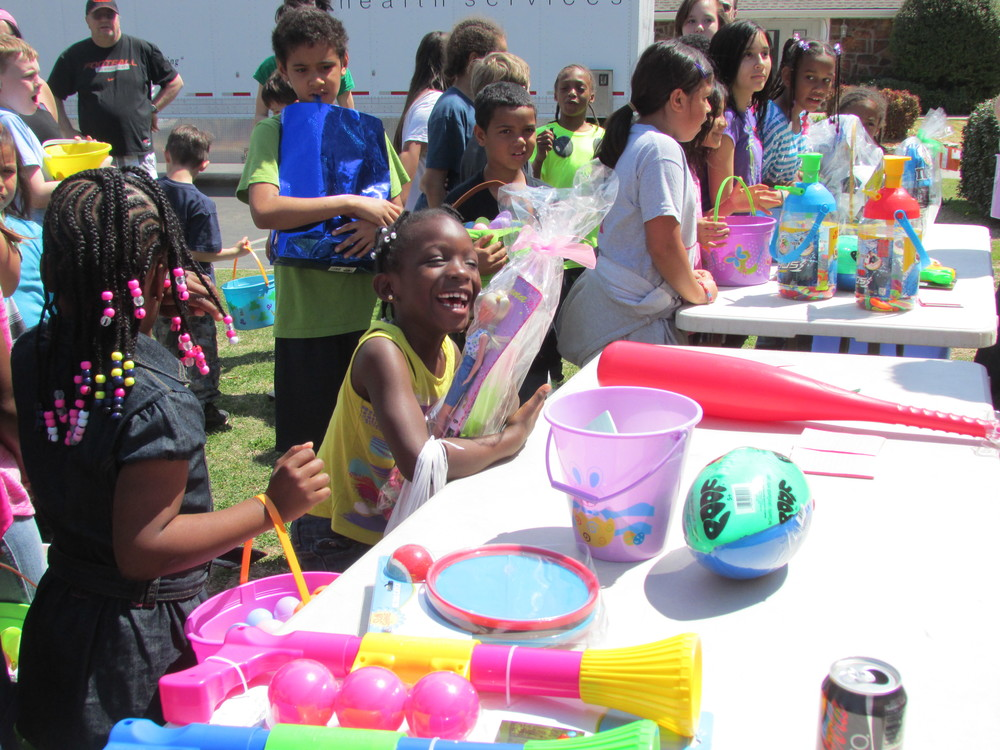 ISA 2014 Easter Egg Hunt_139.JPG
