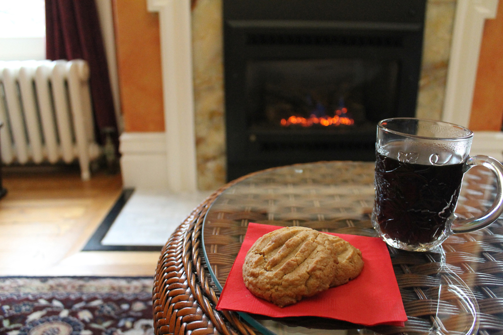 Coffee, Cookie, Fireplace, All you need to relax