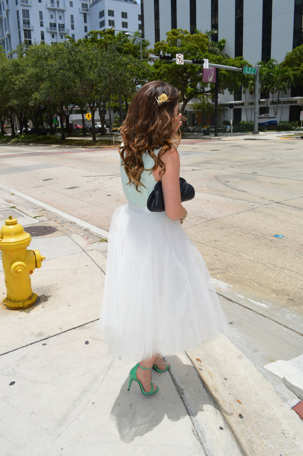 Space46-boutique-tulle-ballerina-white-skirt-bridal-shower-wiw-ootd-topshop-tank-green-zara-strappy-heels-style-blogger-miami-fl.jpeg