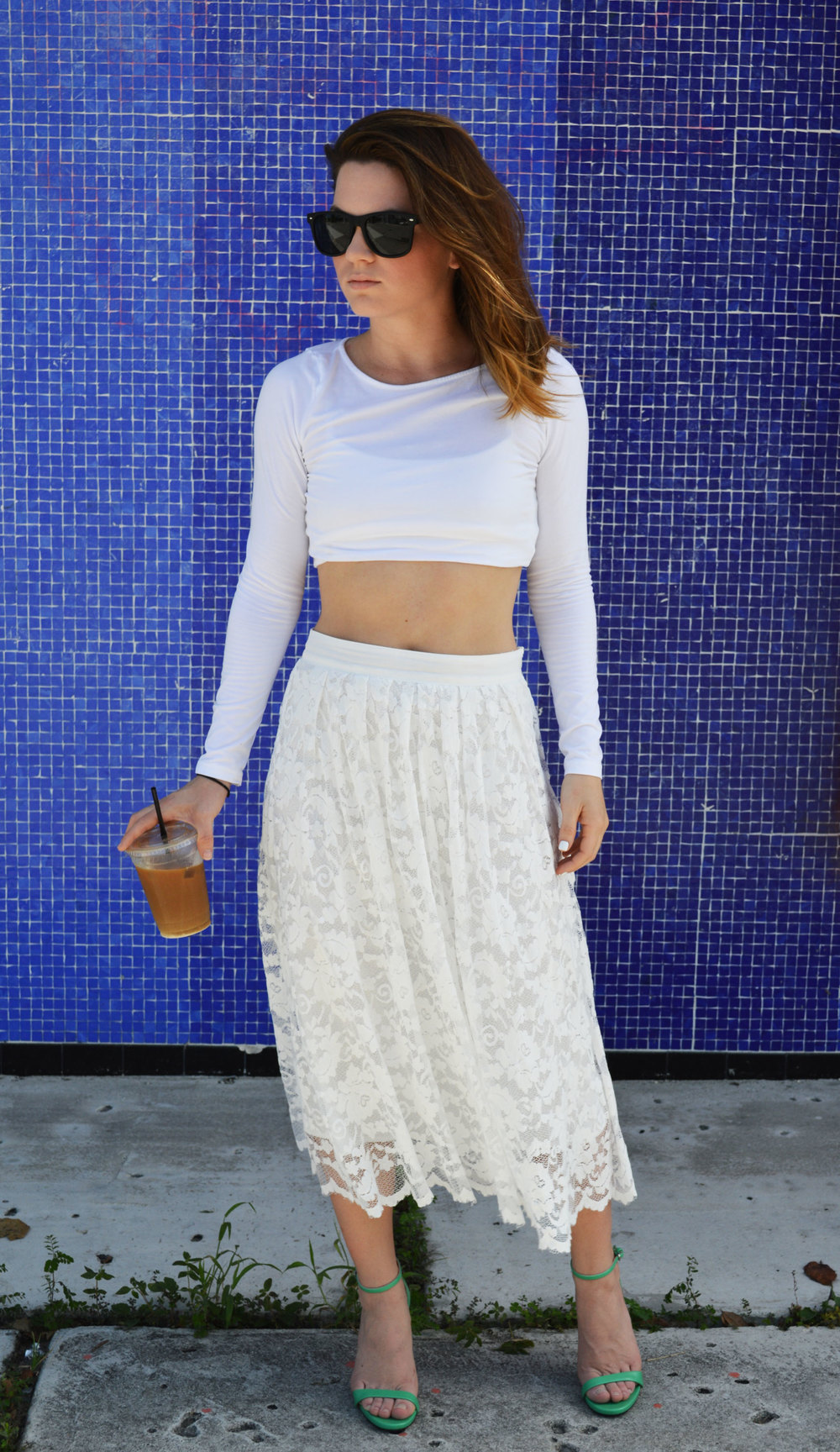 All-White-everything-OOTD-forever21-Lace-Midi-with-hm-Crop-Top-green-zara-heels-style-blogger-maimi-florida-wynwood.jpeg