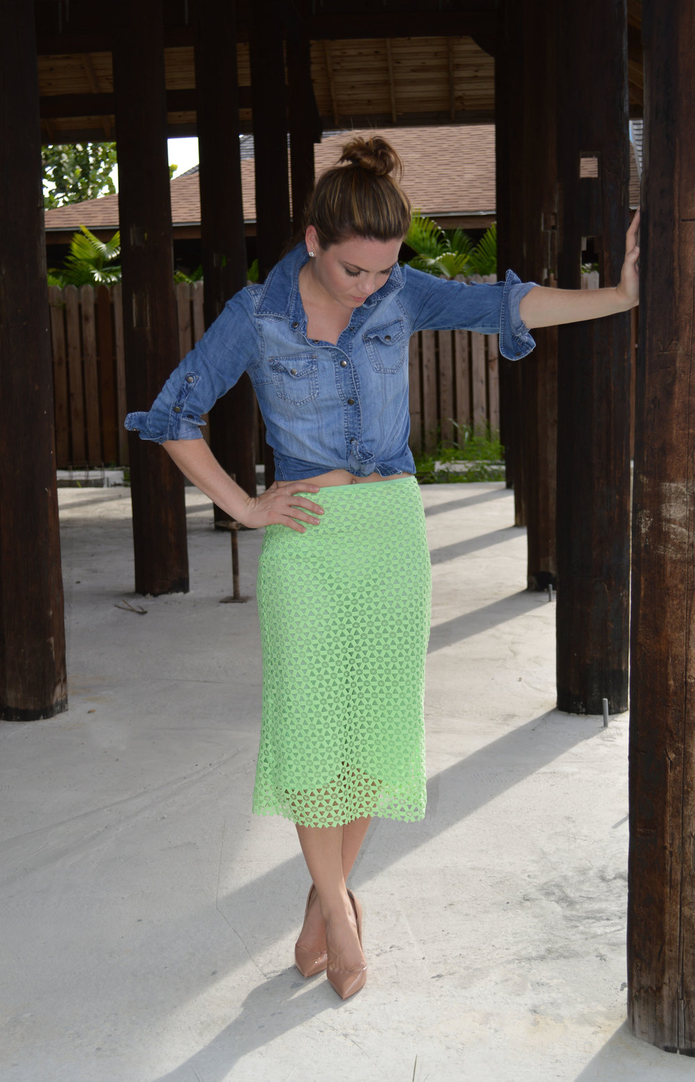 Denim-Button-forever21-Down-Zara-green-lace-Pencil-Skirt-FromCtoC-nassau-bahamas-lifestyle-style-fashion-blogger.jpeg