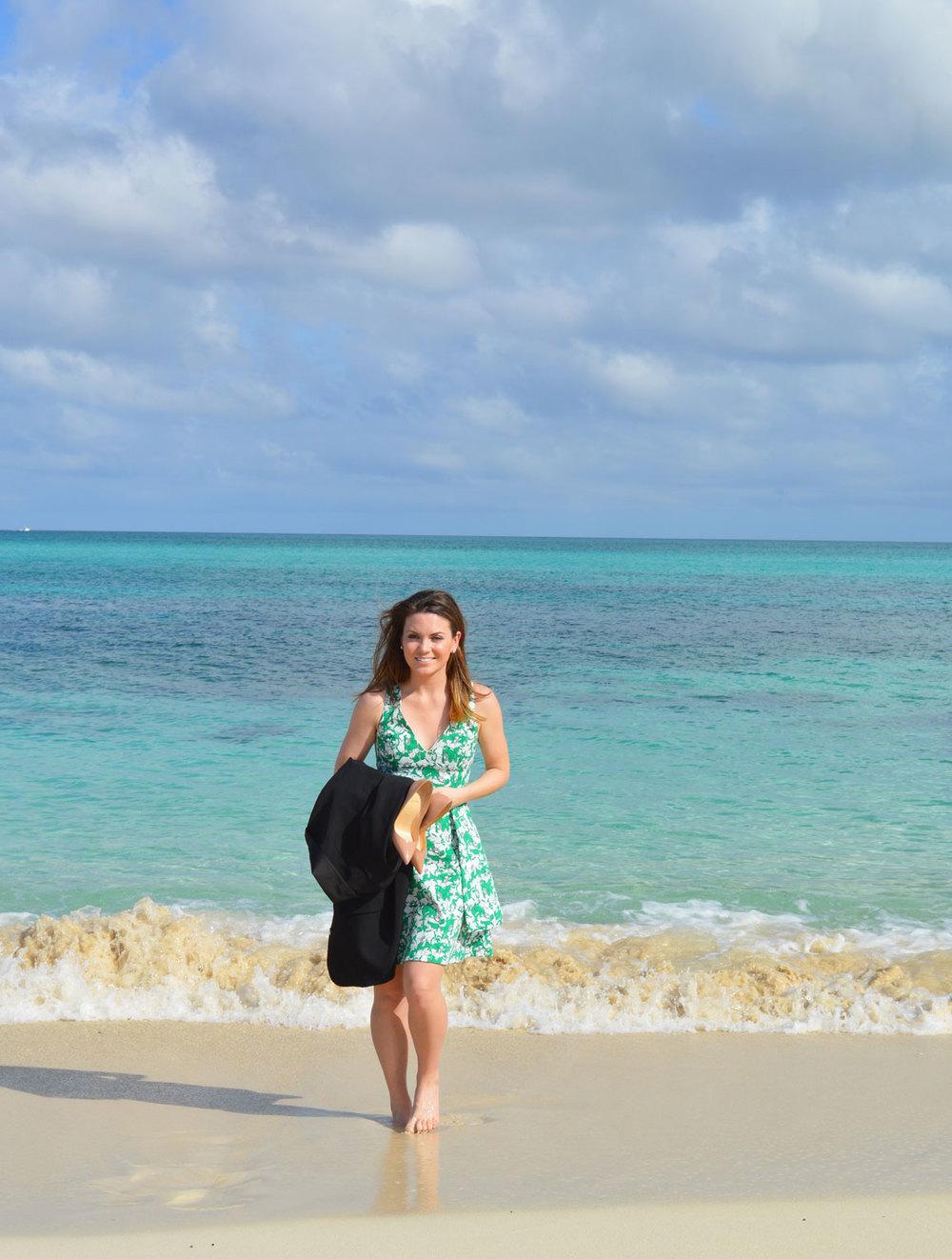 Nassau-Bahamas-Paradise-Atlantis-Style-Blogger-Zara-Dress-Christian-Louboutin-bahamas-candace-marie-fromctoc-lifestyle-fashion-beach-wiw.jpeg