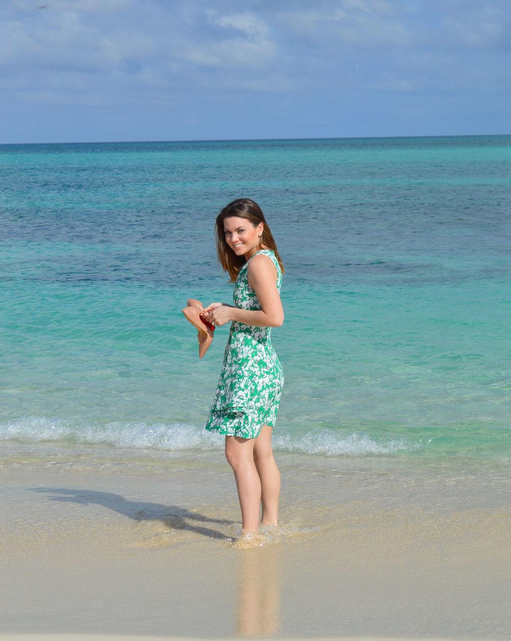 Nassau-bahamas-Paradise-Style-Blogger-Zara-Dress-Christian-Louboutin-bahamas-candace-marie-fromctoc-lifestyle-fashion-beach-wiw.jpeg